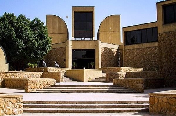 چهلوسه-سال-توقف-در-موزه-هنرهای-معاصر-تهران
