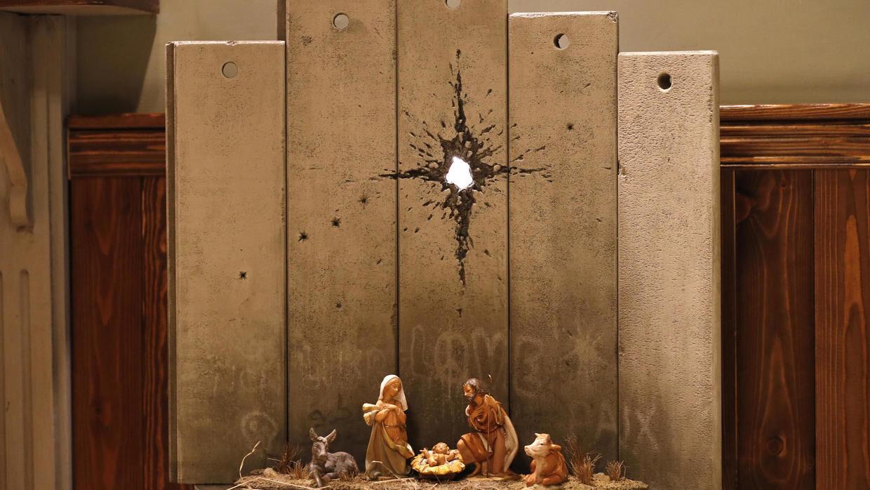 صحنه-تولد-عیسی-مسیح-(ع)-جدید-ترین-نقاشی-بنکسی-در-بیت-لحم