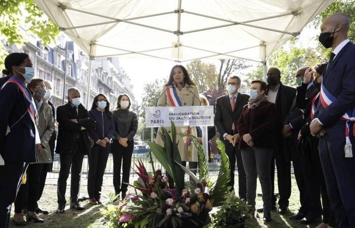 ساخت-اولین-مجسمه-از-یک-زن-رنگینپوست-در-پاریس