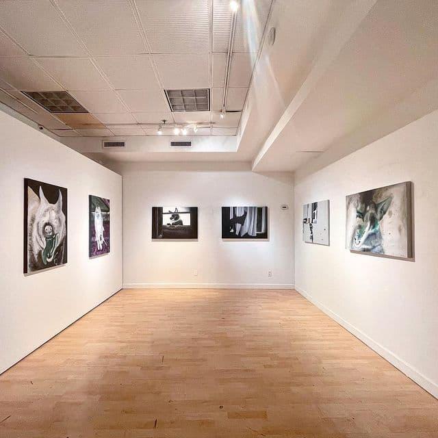 نمایشگاه-«روزهای-سگی-۲۰۲۰»-در-گالری-آرتیفکت-نیویورک